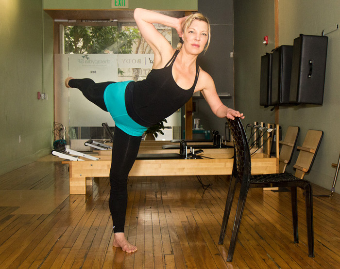 10-Minute Pilates + Barre Work Out