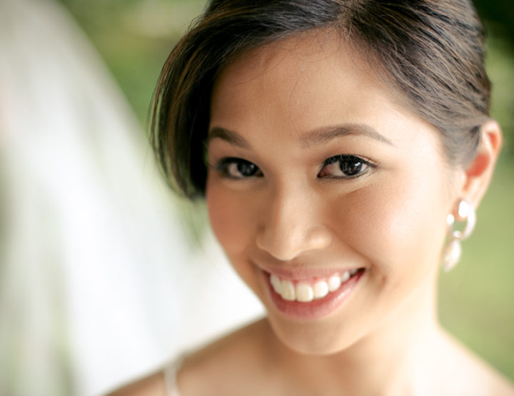 "I ""Dew"": Julie's (Hypoallergenic!) Bridal Beauty Success Story"